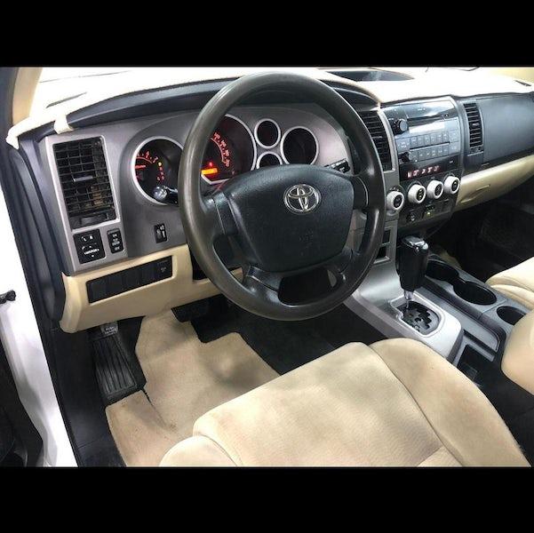 Toyota Sequoia 2013