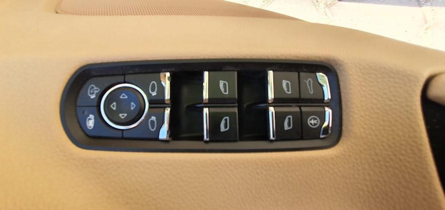 Porsche Panamera Platinum Edition 2013