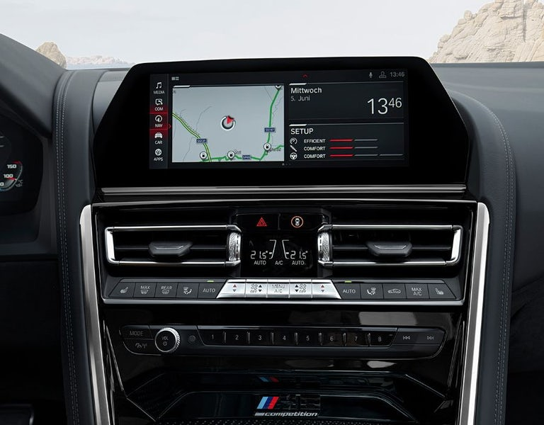 BMW M8 Coupe 2021