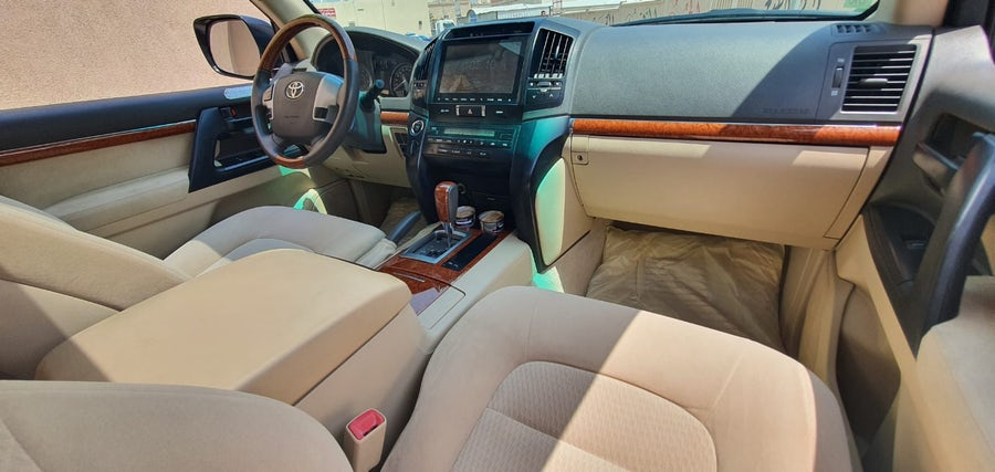 Toyota Land Cruiser GXR 2015