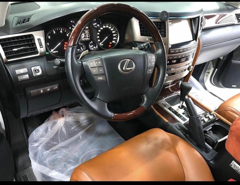 Lexus LX 570 2014