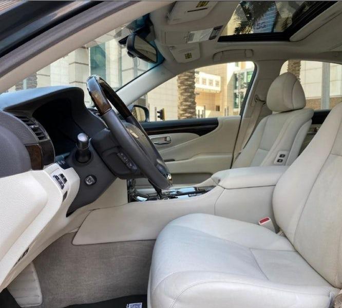 Lexus LS460L 2007