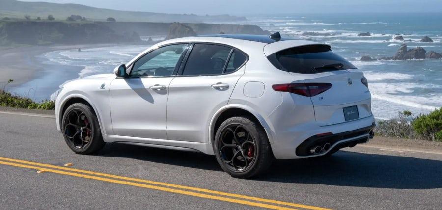Alfa Romeo Stelvio Super 2020
